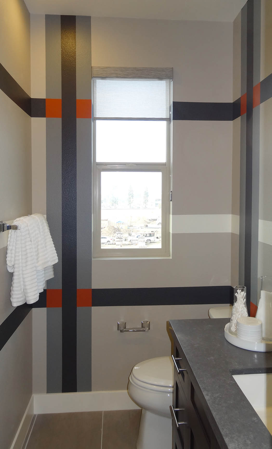 Ordinaire Multi Color Modern Plaid Wall Paint Design At The District By Shea Homes